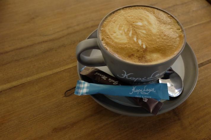 disalah satu kedai kopi di Plaza Semanggi - Jakarta